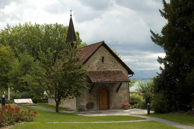Die kleine St. Gallus-Kapelle in einer hübschen Grünanlage, Arbon. Foto © Barbara Hutzl-Ronge