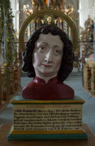 Büste des hl Johannes: leicht fragend neigt der Heilige sein Haupt zur Seite. ehem. Klosterkirche Münsterlingen